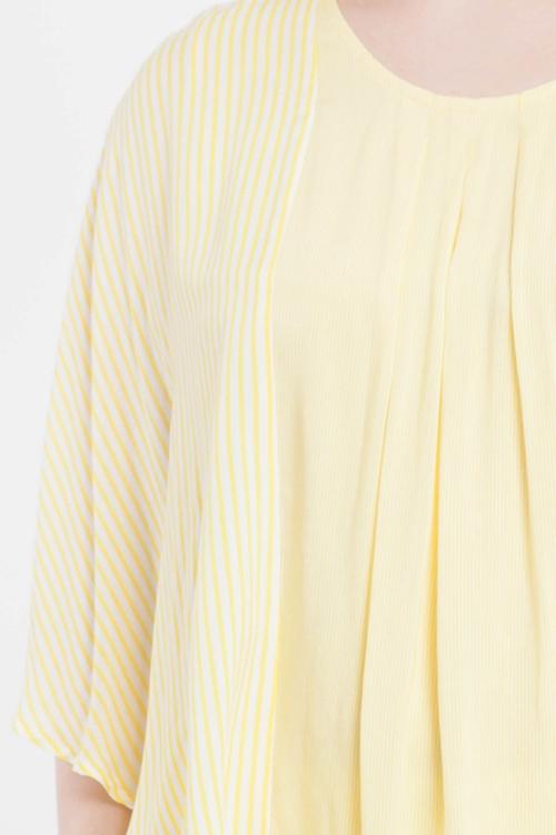 Top striped sleeve imitation cape