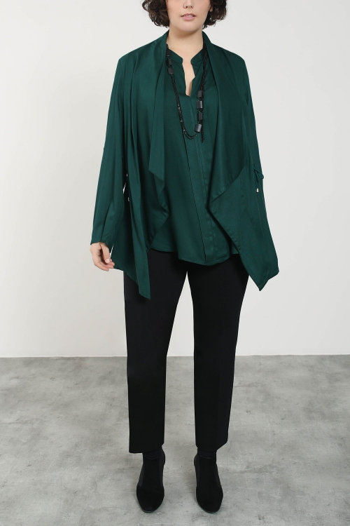Viscose jacket with cascading collar