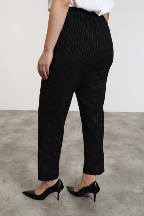 Pantalon fil-à-fil