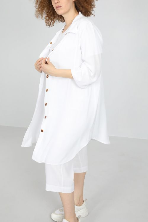 Long shirt touched linen