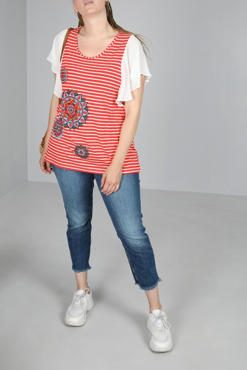 Striped T-shirt with flying sleeves