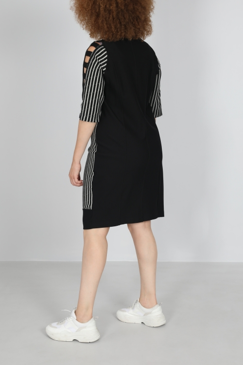 Striped dress with cutout