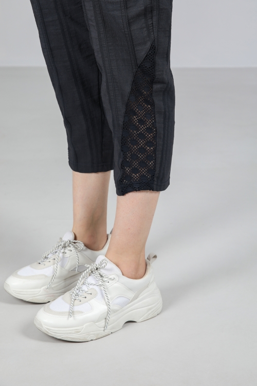 pant with lace