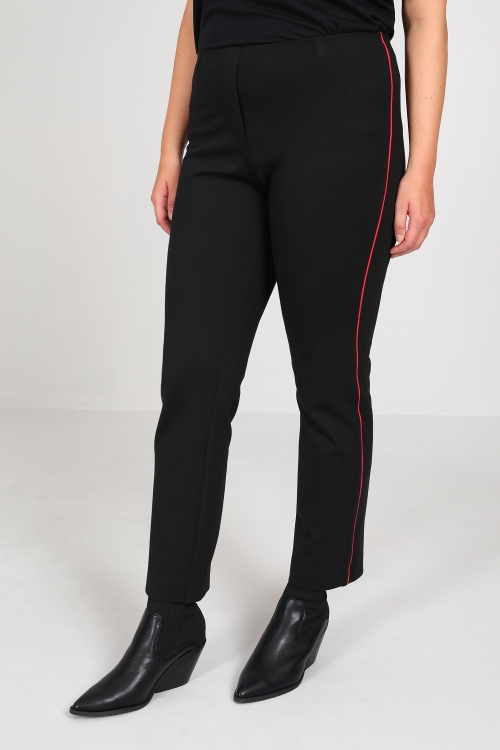 Pants with side piping