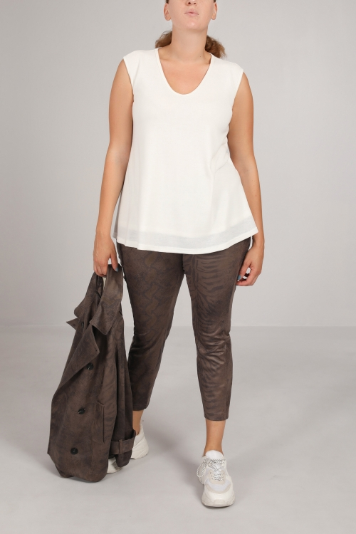Fine mesh tank top lined