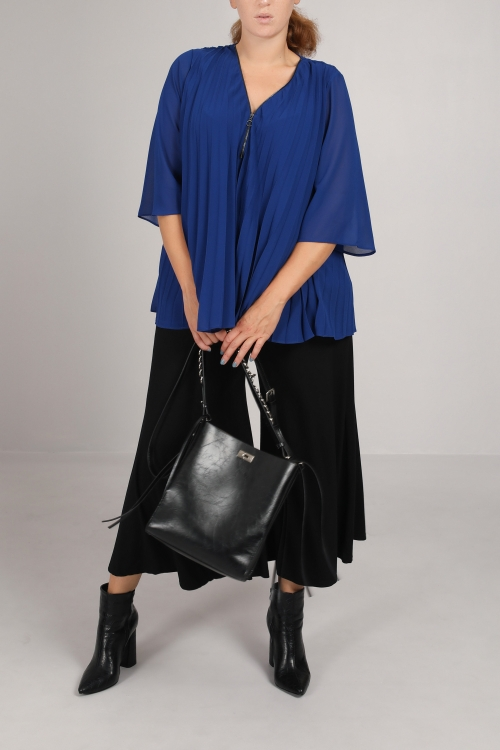 Pleated veil jacket