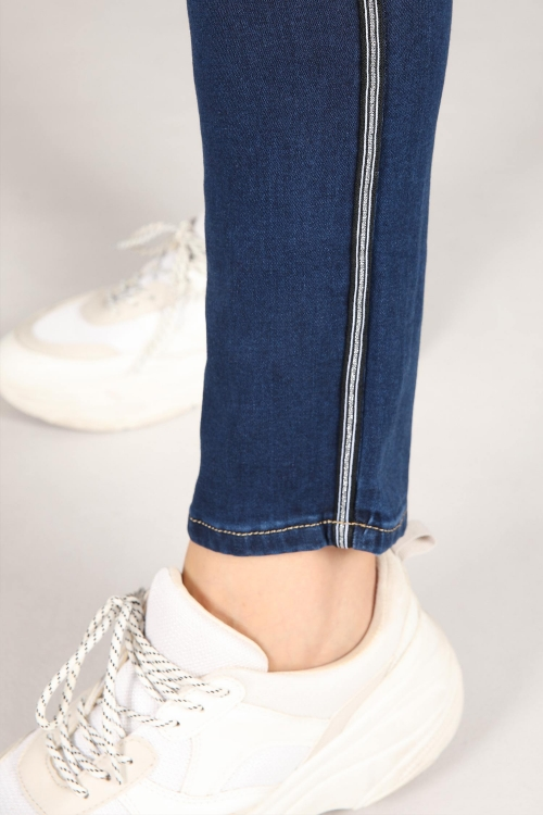 Skinny slim jeans silver band