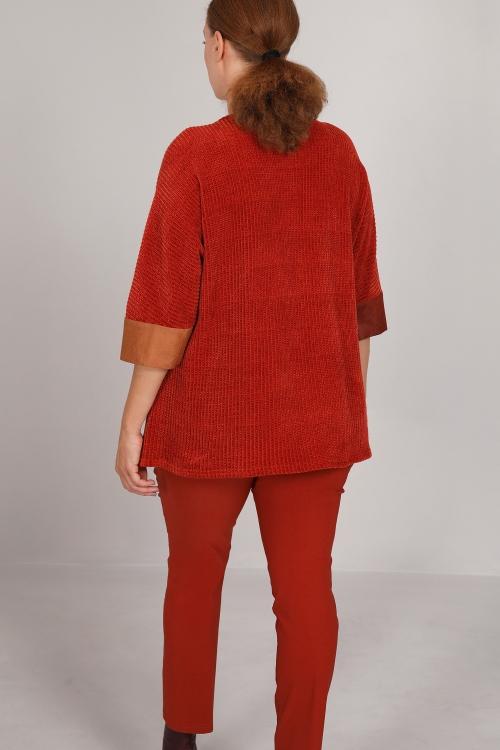 Tricolor bimaterial sweater