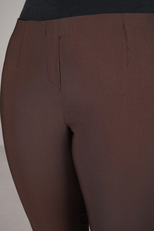 Straight sculpting pants