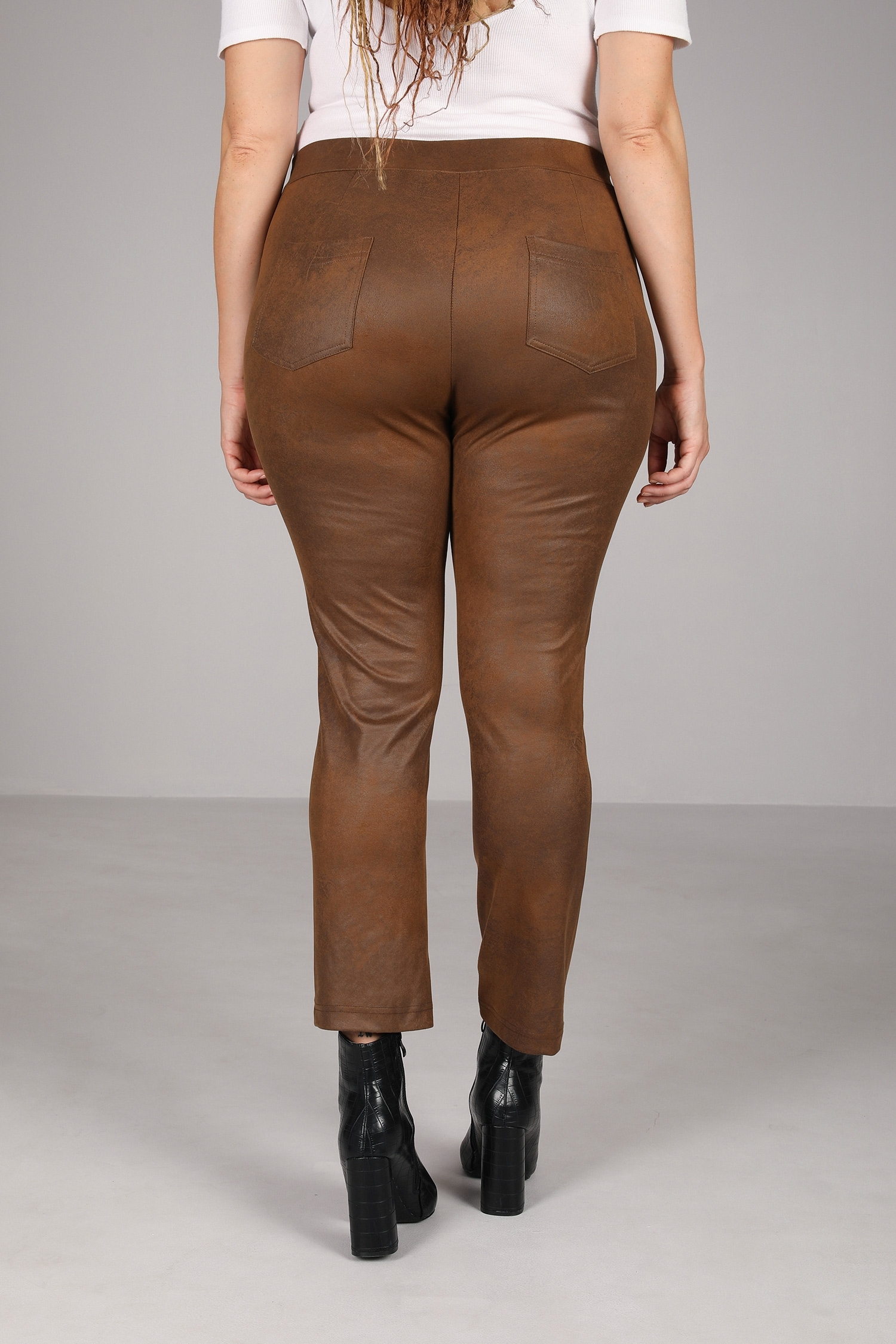 Leatherette straight pants