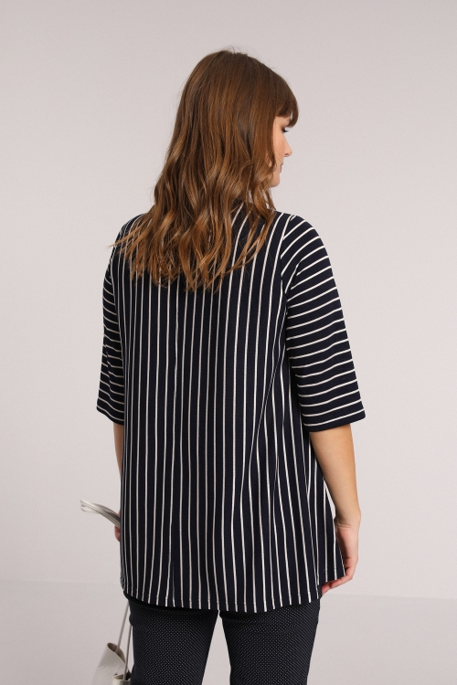 Striped knit sweater with screen printing