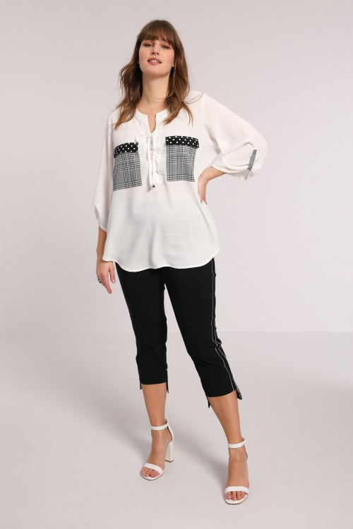 Plain blouse with patch pockets