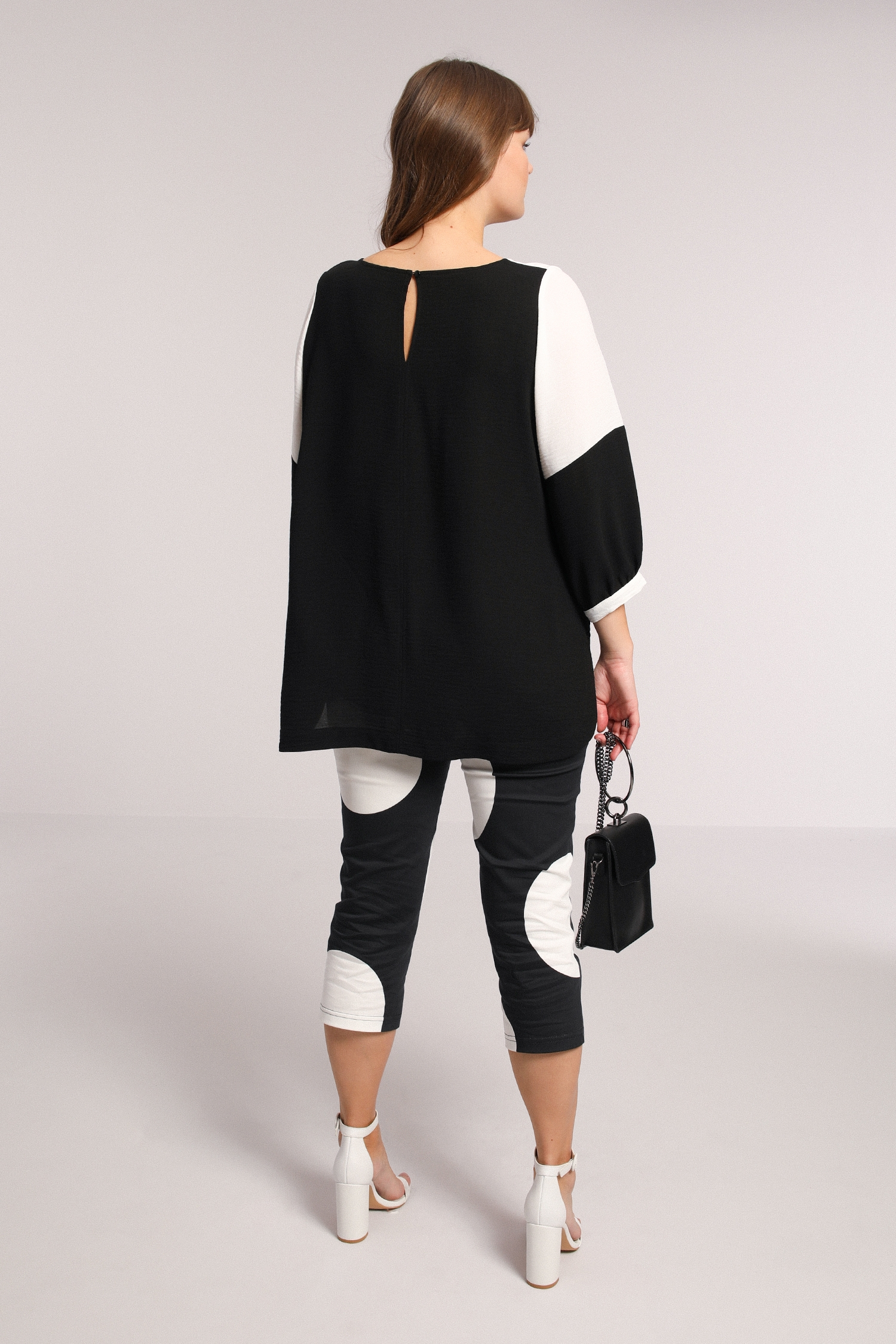 Two-tone crepe blouse