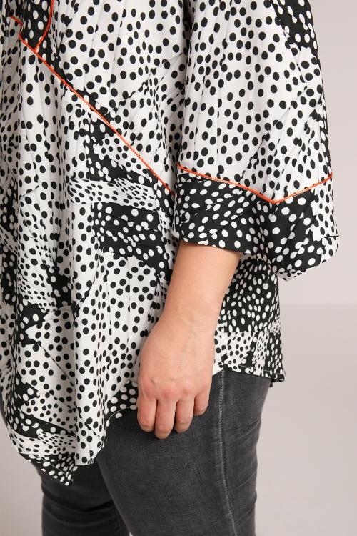 Polka dot print shirt with passspoil
