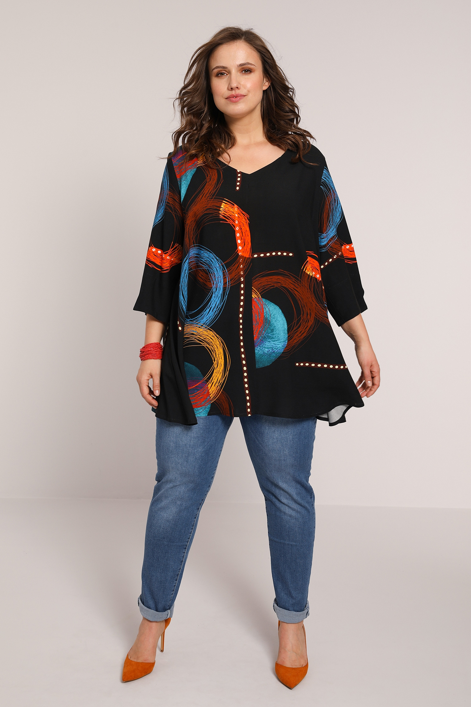 Flared blouse with graphic print