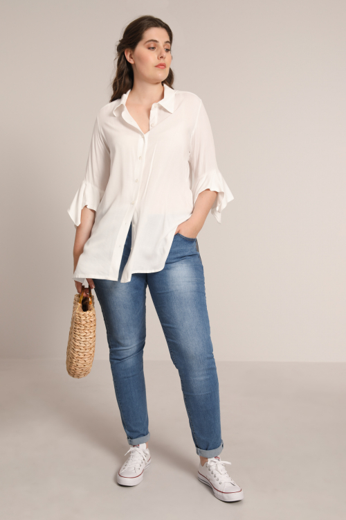 Plain shirt with frill cuffs