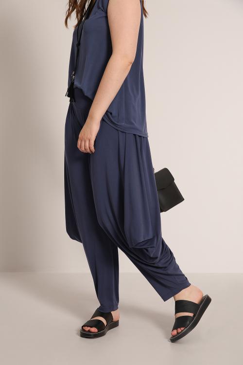 Harem pants in modal