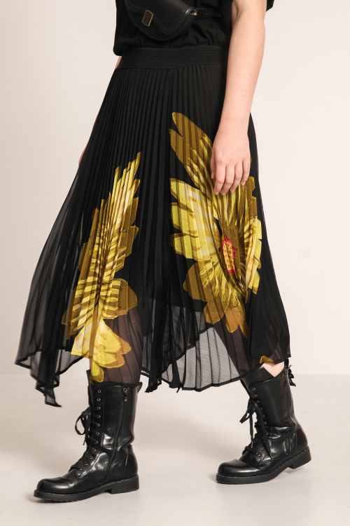 Asymmetric pleated voile skirt