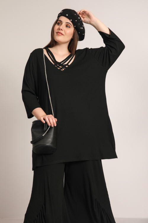 Tunic with intertwined straps