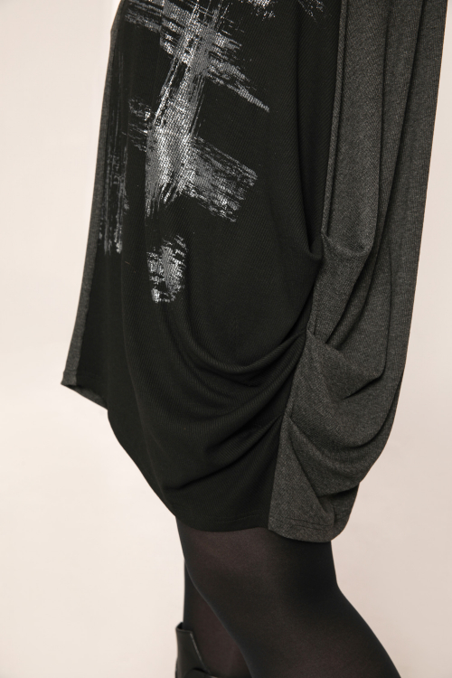 Screen printed tunic in dimension (Delivery 25 - 30/07)