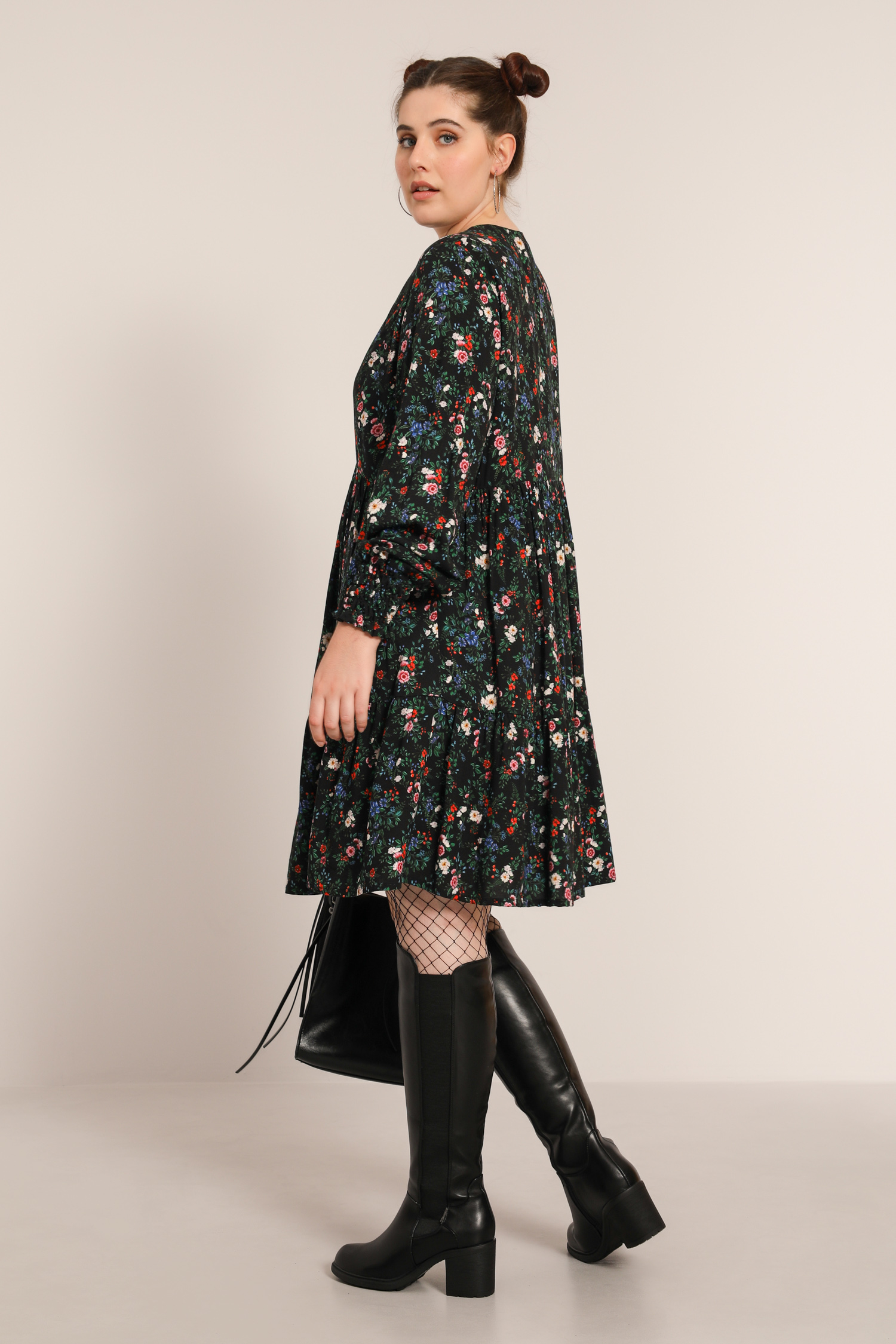 Floral print dress with zipped collar