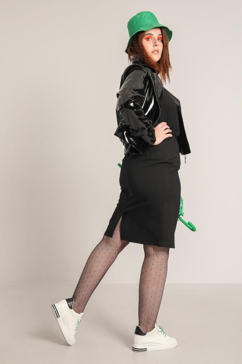 Straight shaping skirt