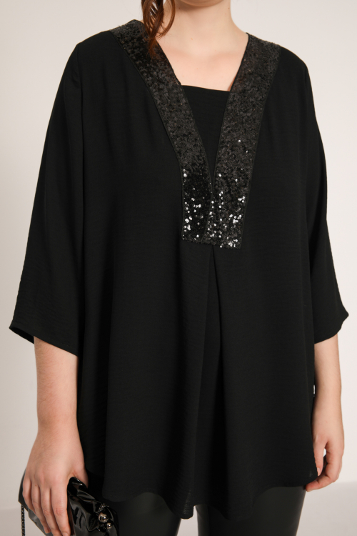 Plain blouse with sequin band