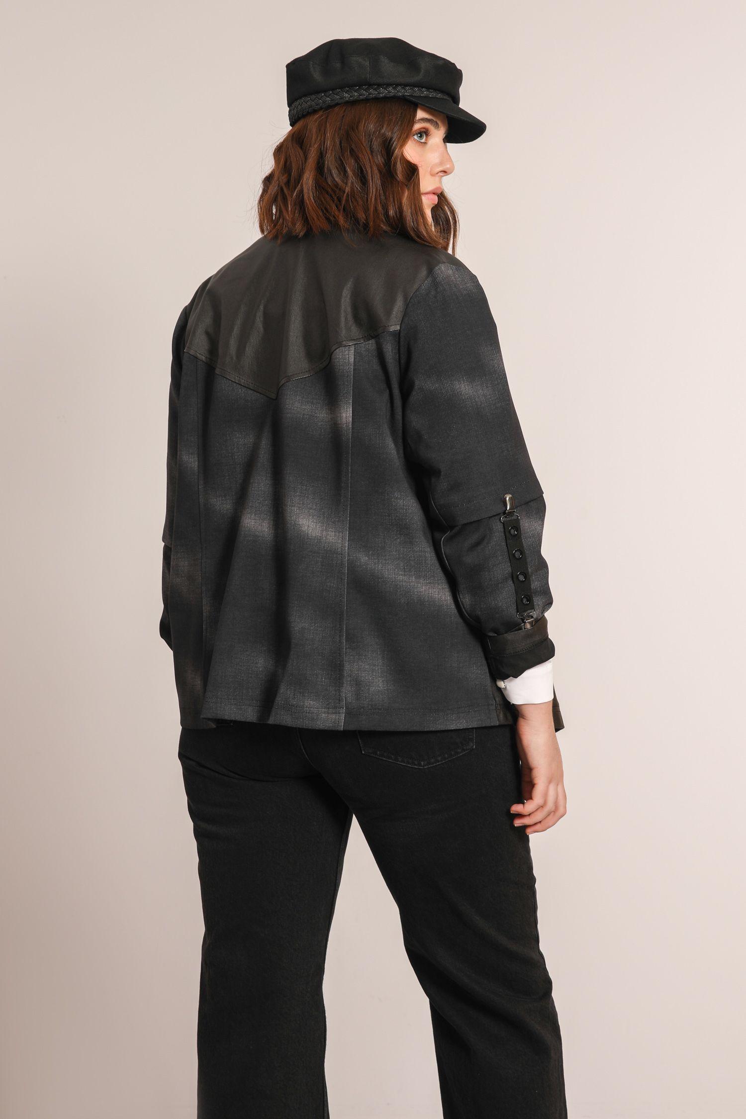 Bi-material jacket tye & die