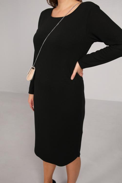 Plain knit dress