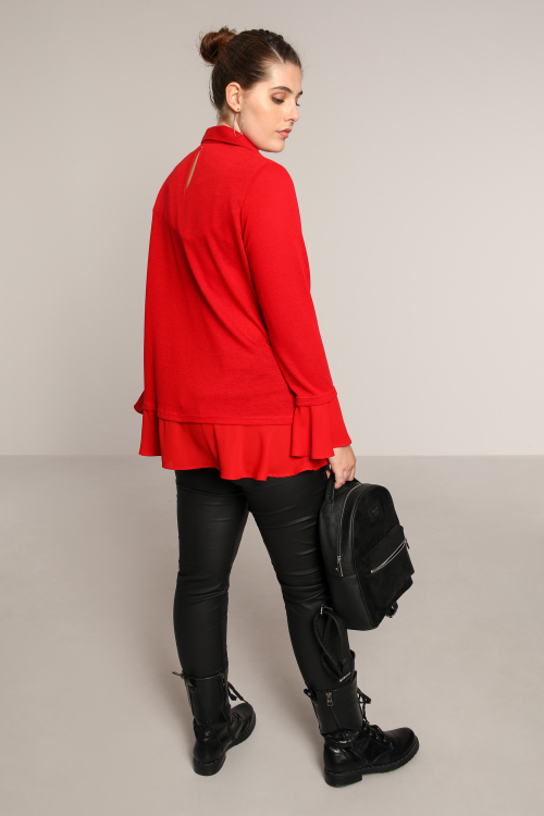 Fine knit sweater with serigraphy