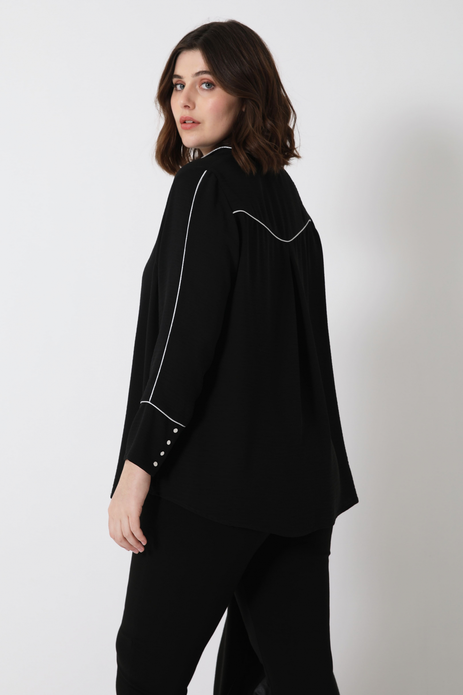 Embossed crepe blouse