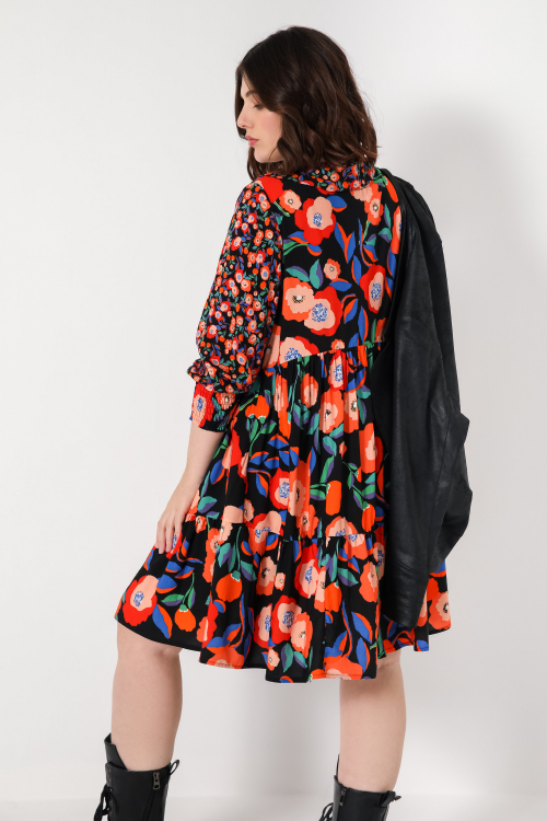 Printed viscose dress with ruffled collar (delivery October 25-30)