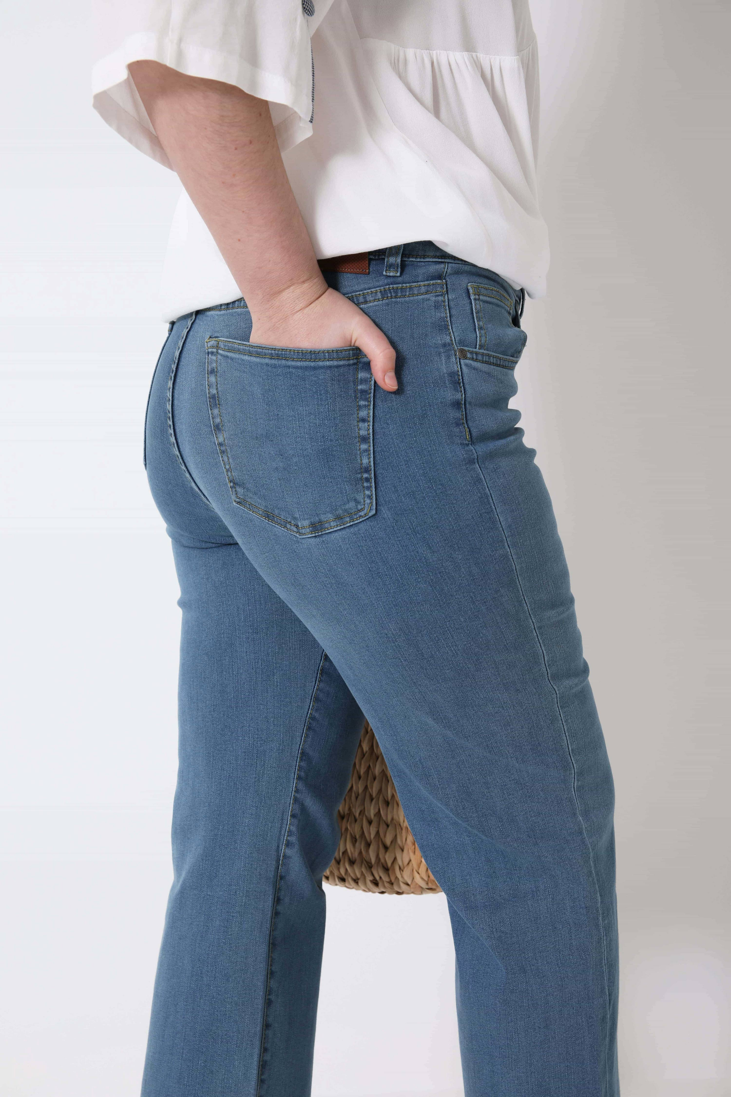 Light stone bootcut jeans