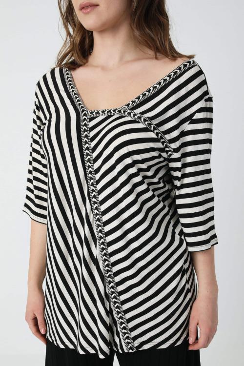 Striped t-shirt with braid