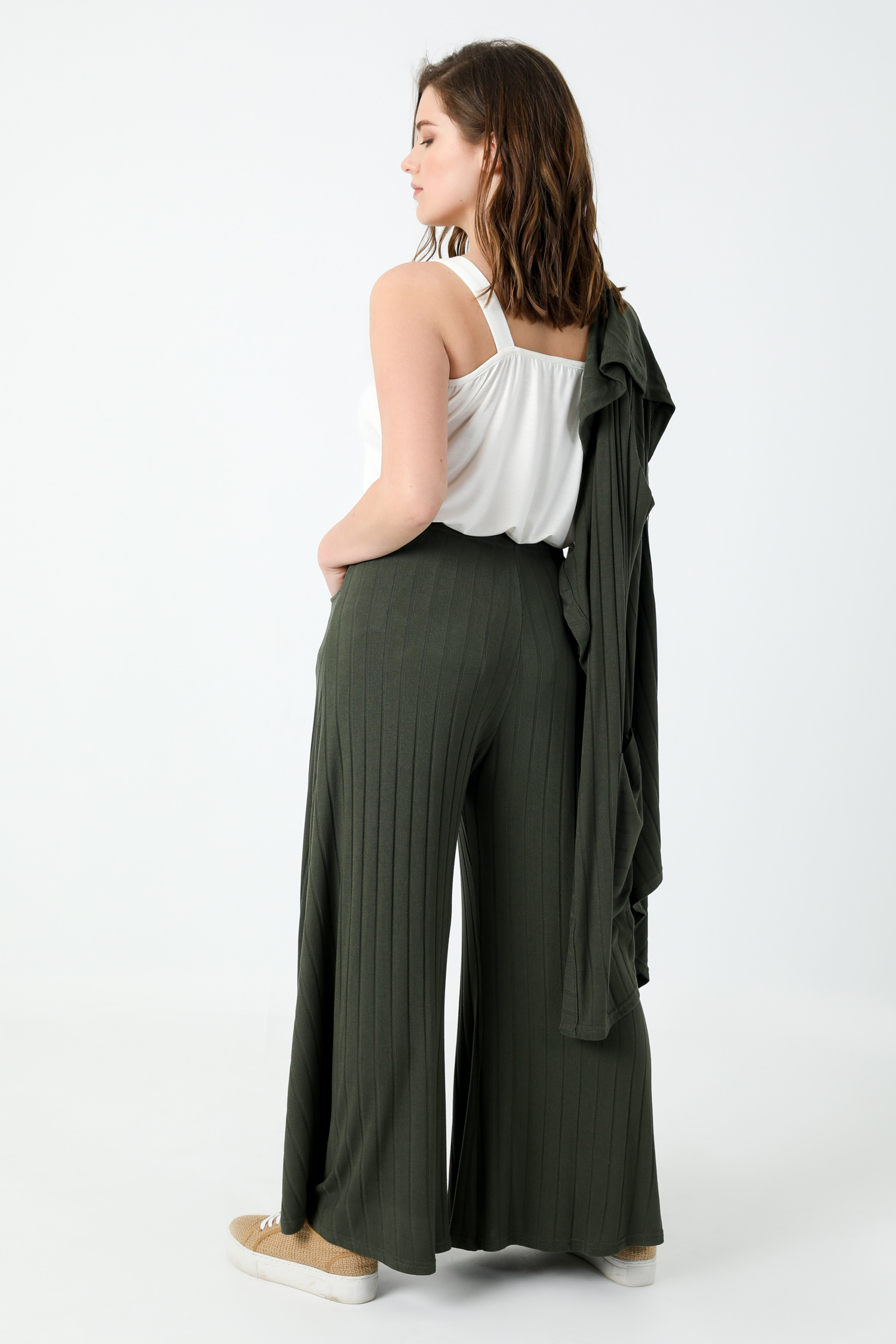 Panty skirt style pants in rib (expedition 15/20 February)