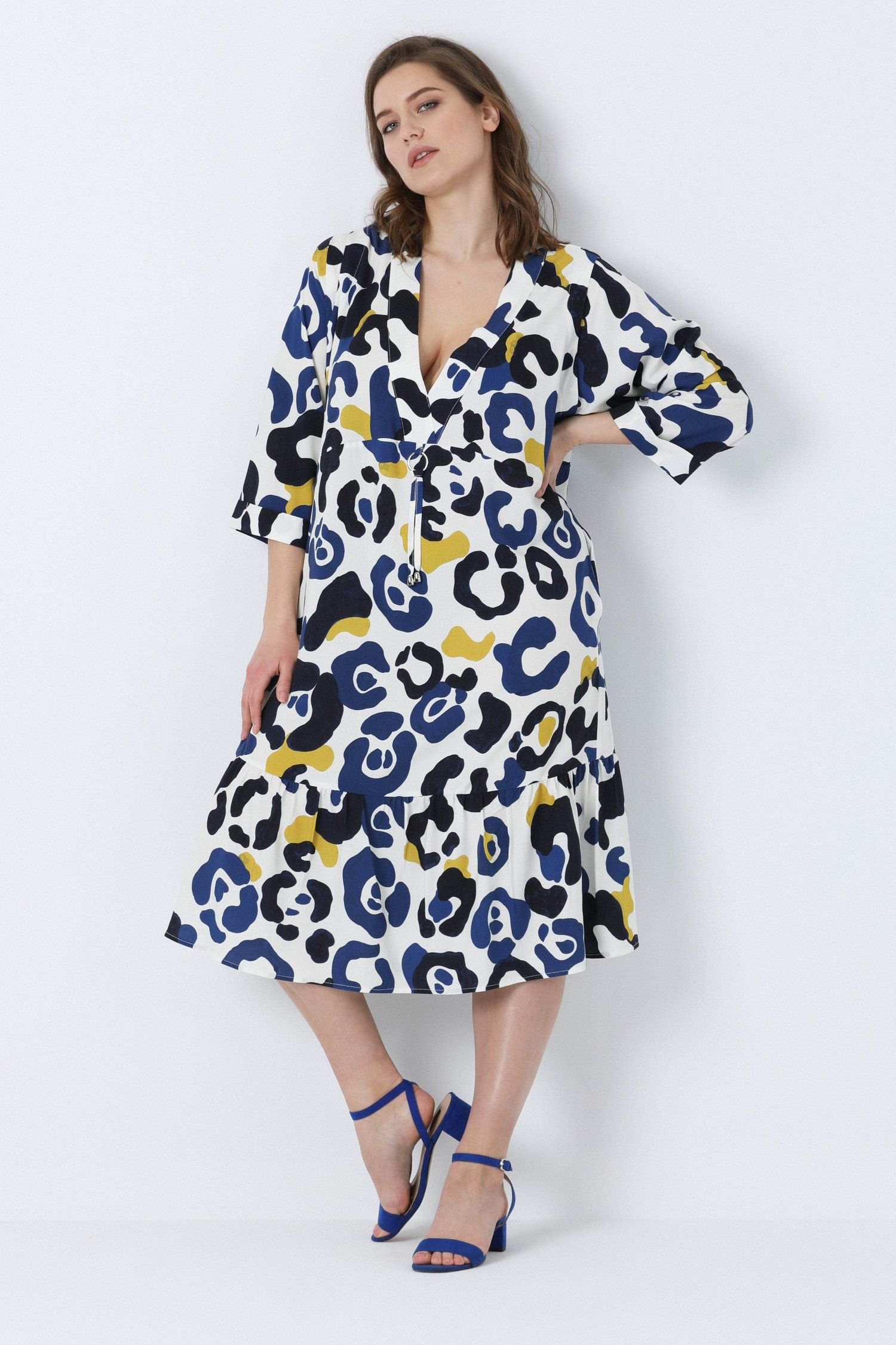 Mid-length dress in printed fibranne (shipping March 15/20).