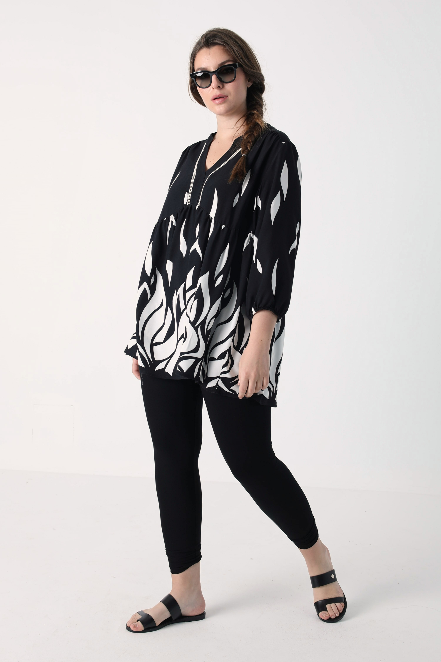 Printed viscose blouse with base