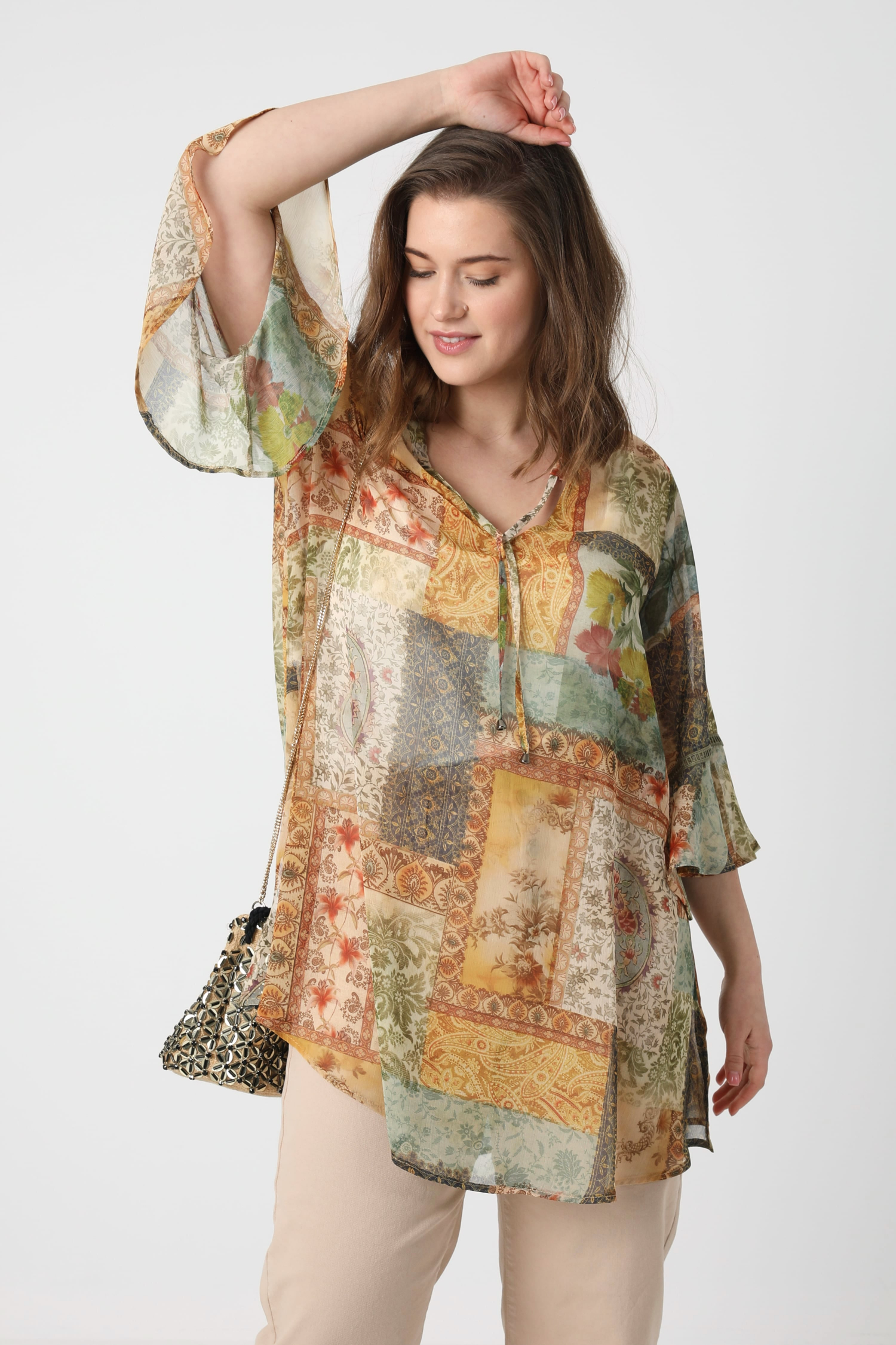 Printed veil tunic with tank top (expedition 25/31 March)