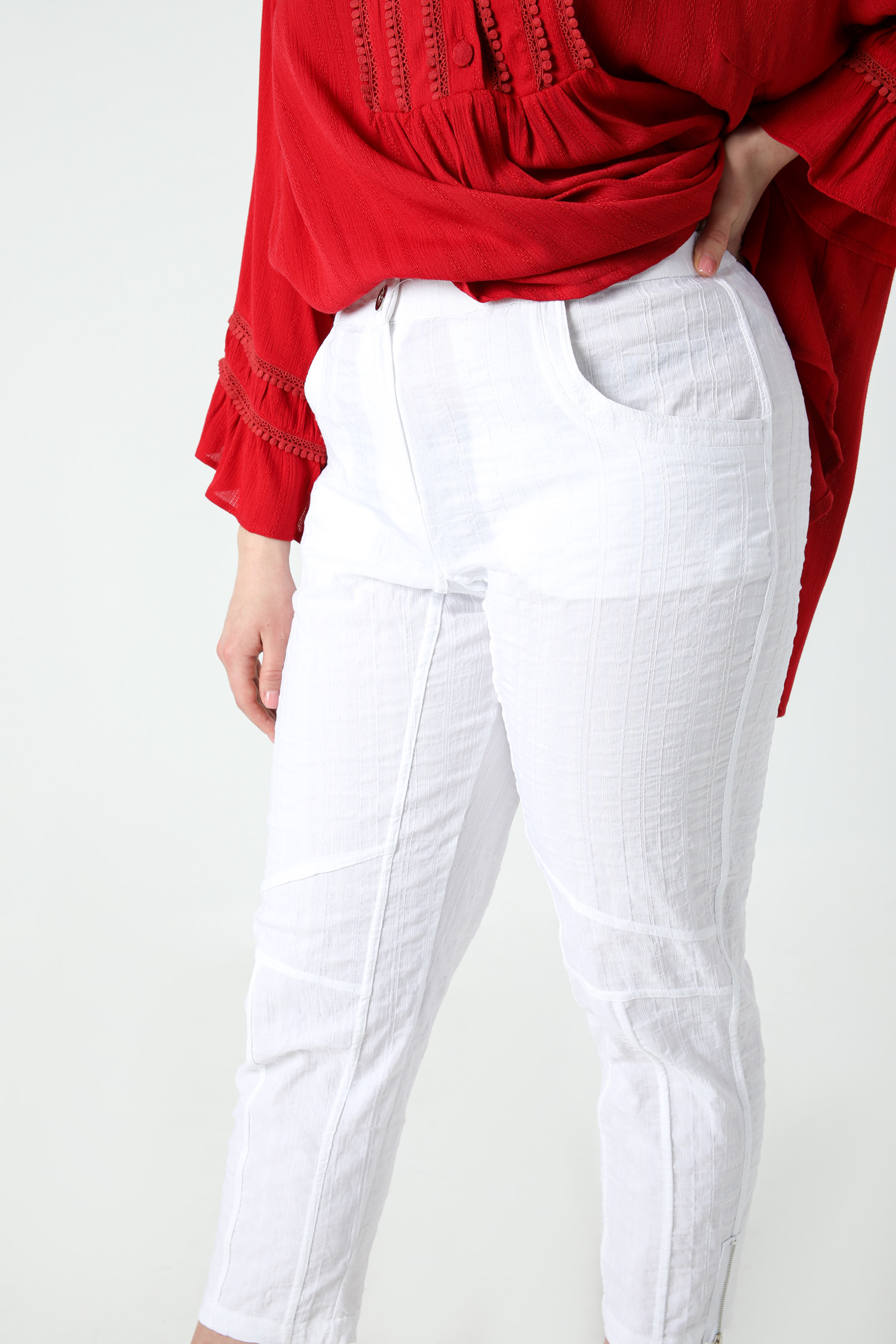 Plain textured pants
