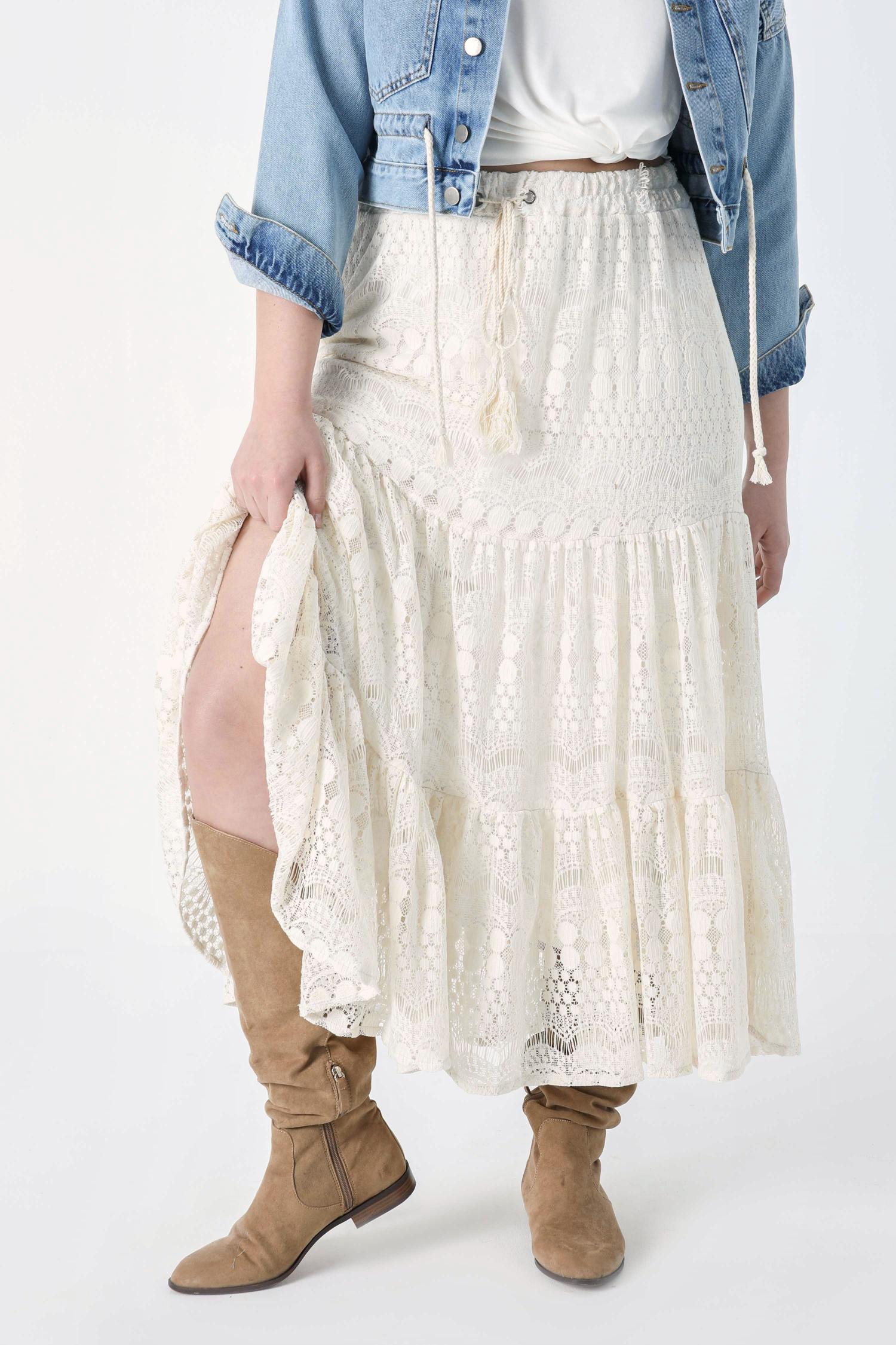 Ruffled lace skirt (shipping April 15/20)