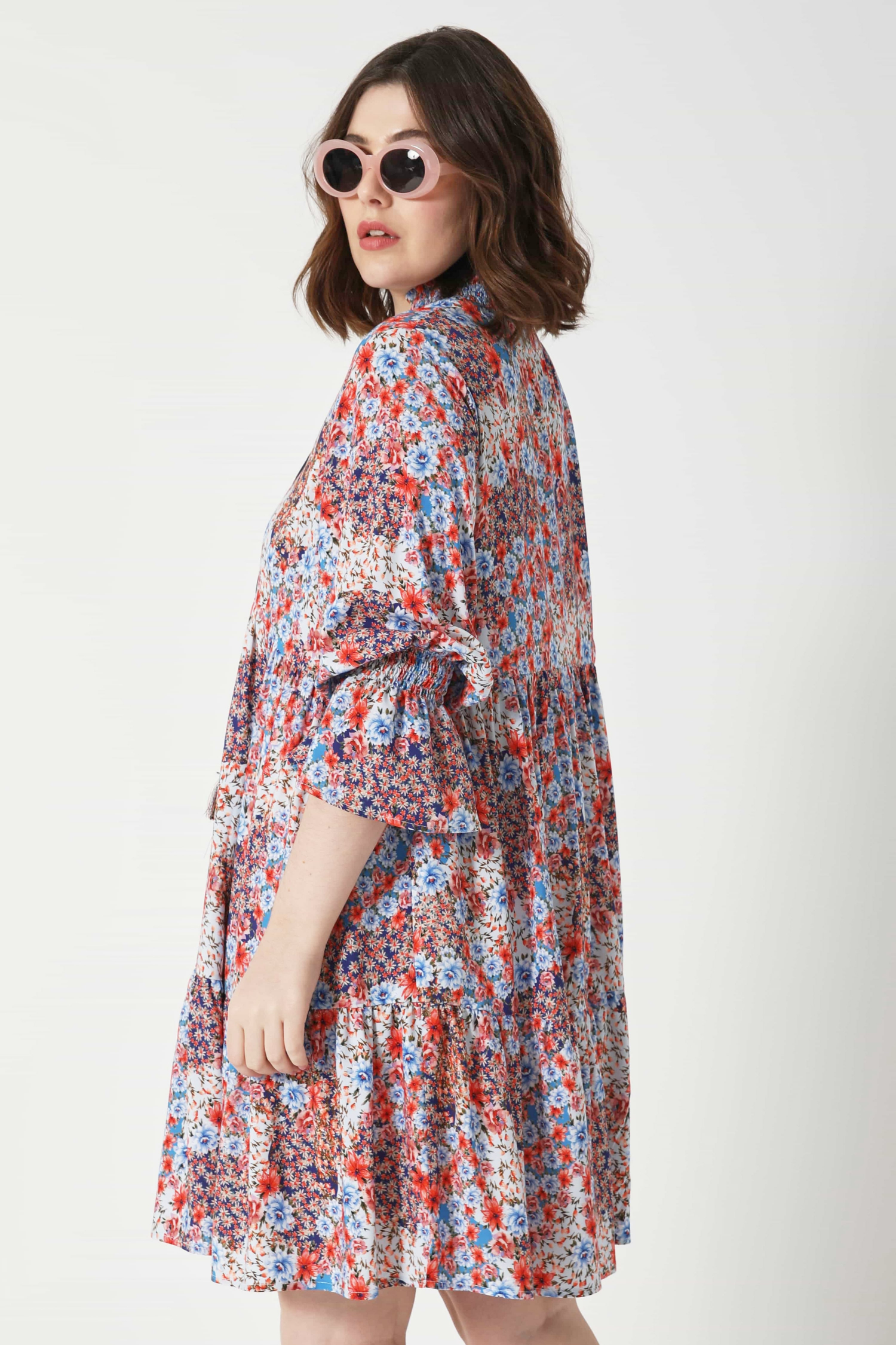 Printed fibranne dress with lacing