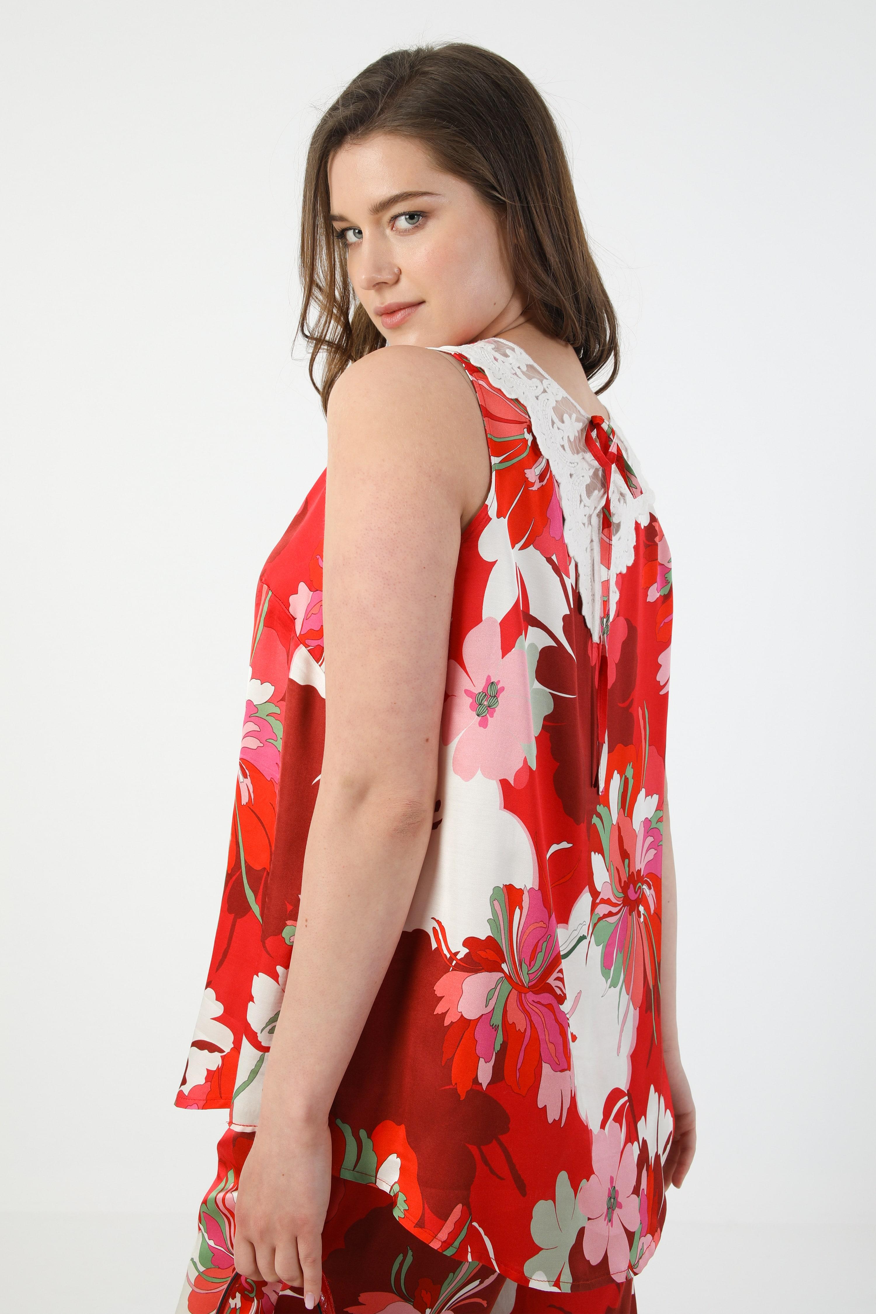 Satin floral print tank top (shipping May 15/20)