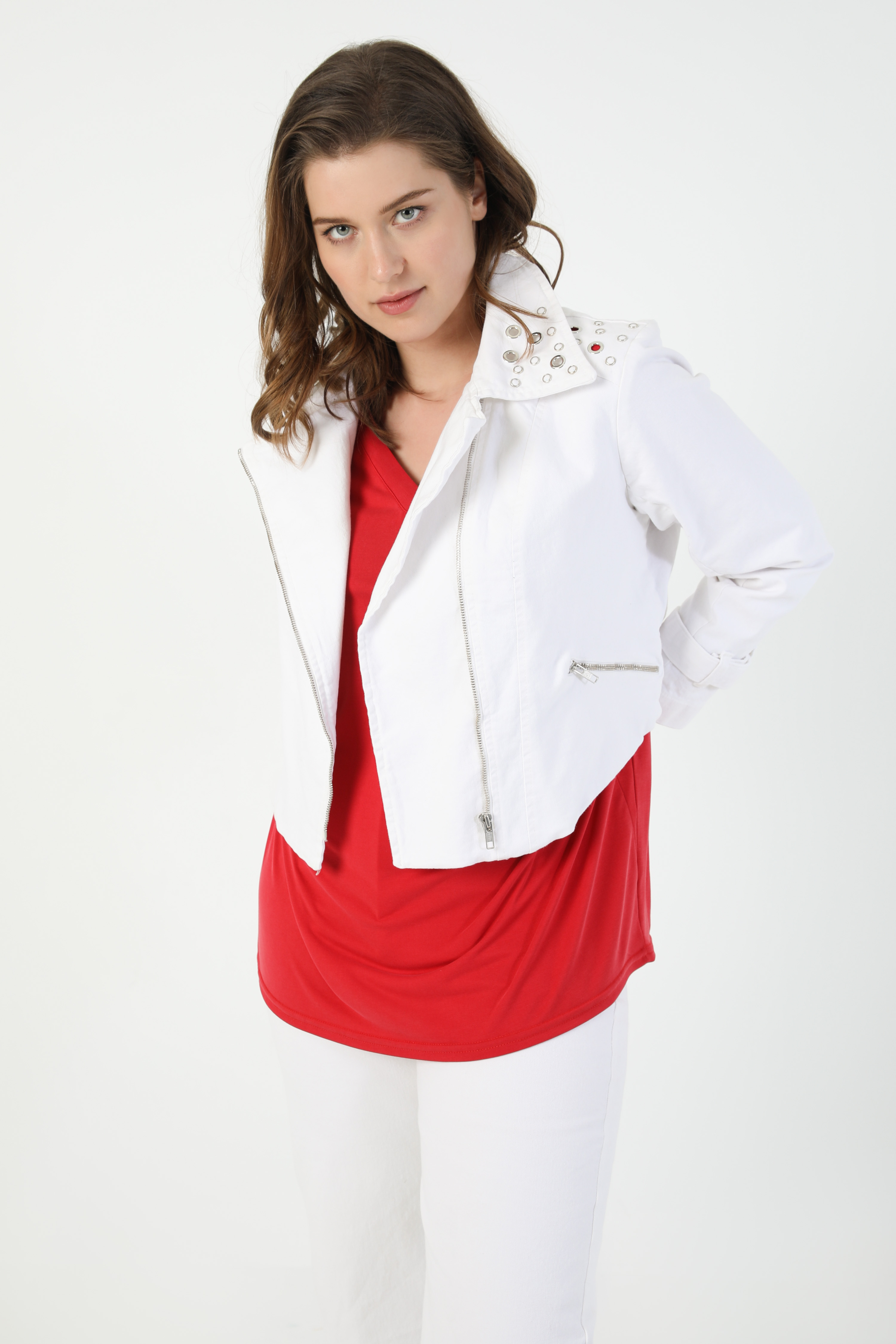 Jacket with eyelets biker style in raw jeans