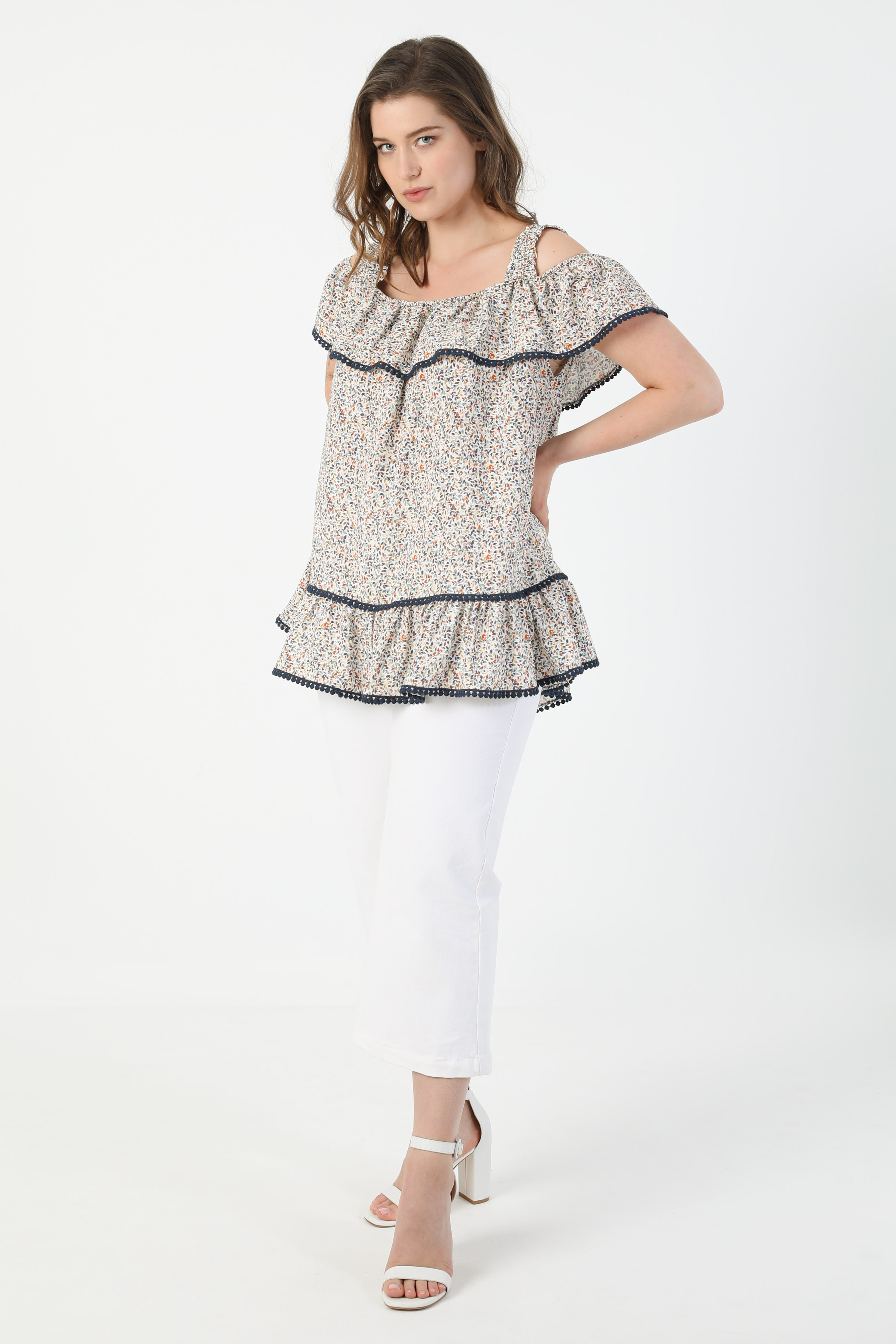 Printed blouse with suspenders (shipping May 5/10)