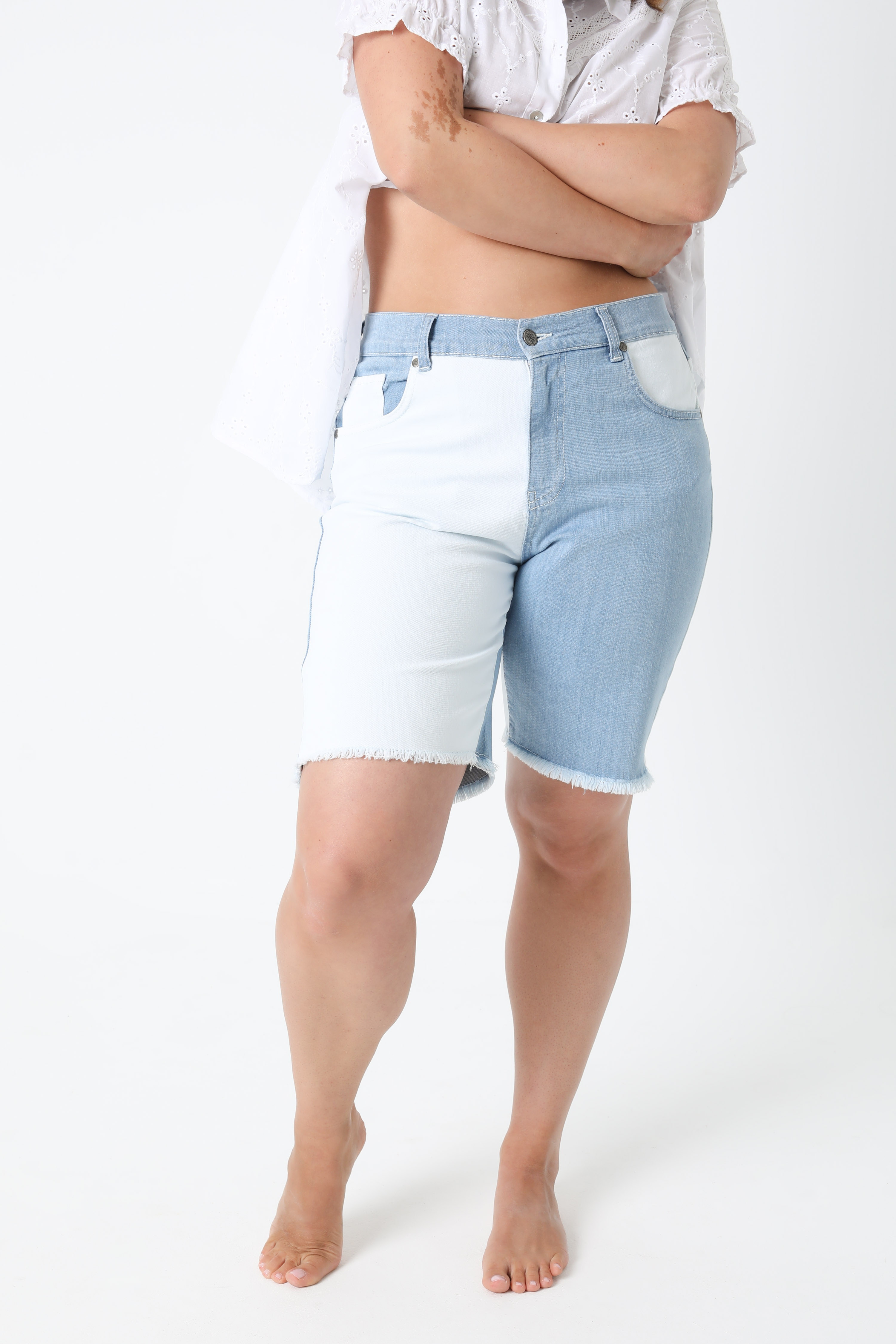 Bermuda shorts in two-tone jeans