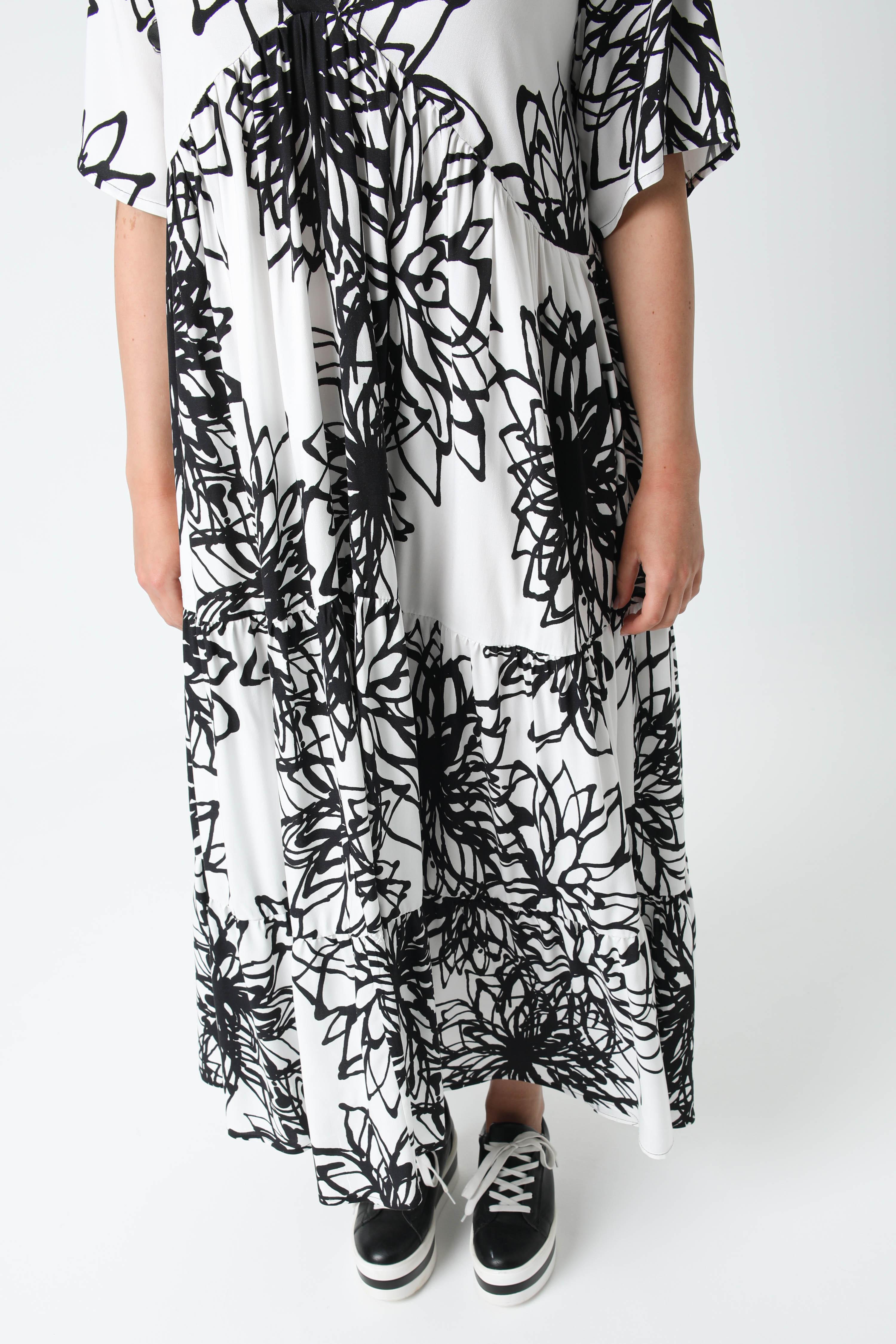 Long printed fibranne dress