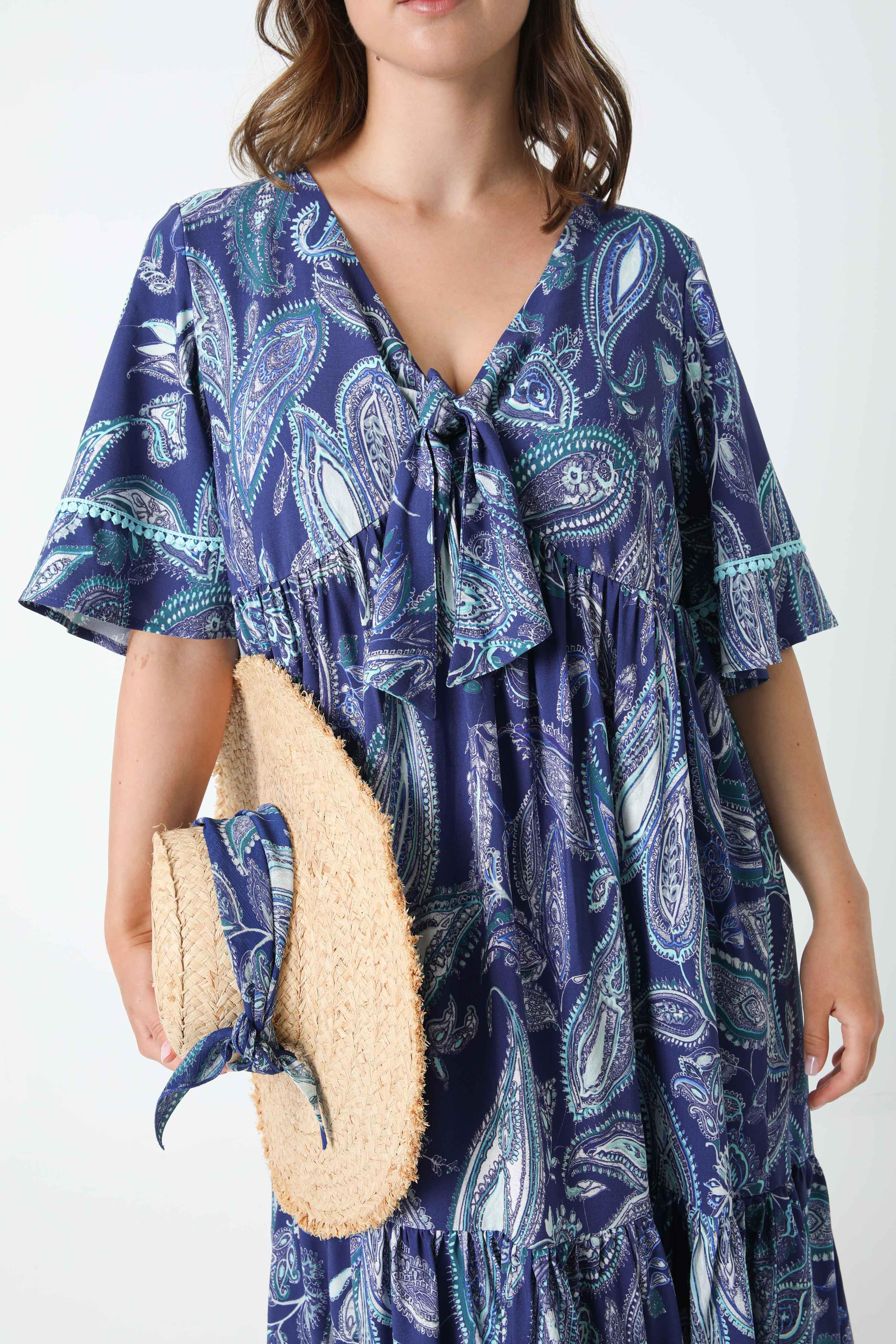 Mid-length printed viscose dress (shipping May 30 / June 5)