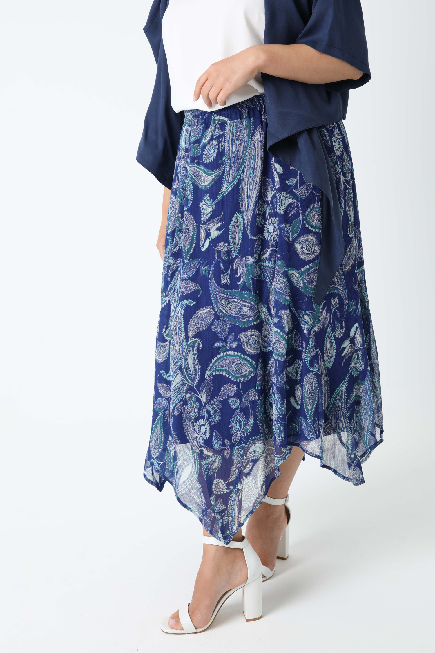 Printed voile skirt with oeko-tex fabric keel (Expedition June 5/10)