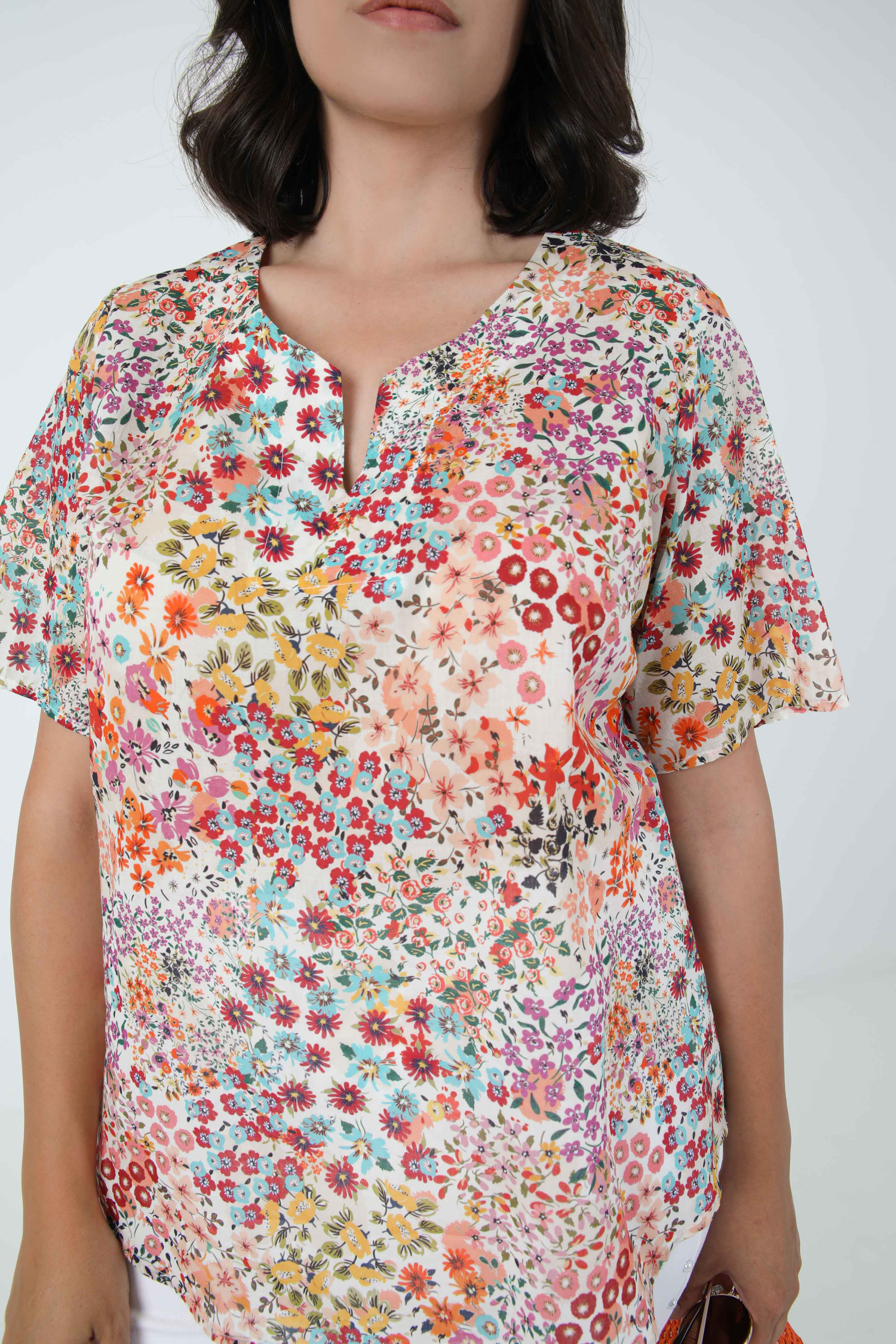 Cotton veil blouse printed with eoko-tex fabric