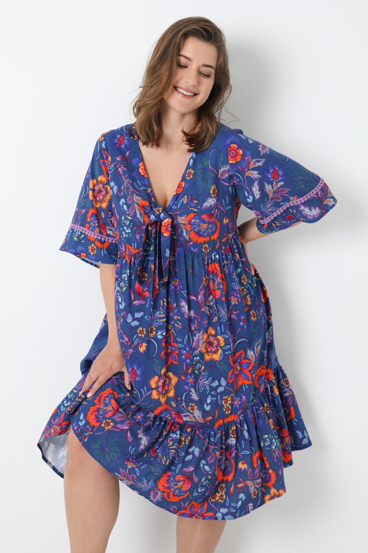 Mid-length dress printed with oeko-tex fabrics